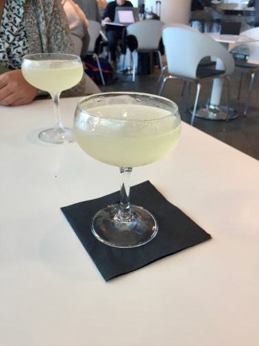 The White Mimosa - Sparkling Wine, Lillet Blanc, Cointreau, Lemon