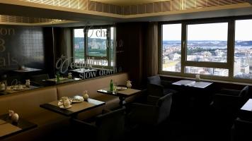 Sitting area in the Sheraton Lisboa Executive Lounge