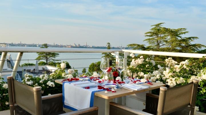 Sagra Rooftop Restaurant JW Marriott Venice